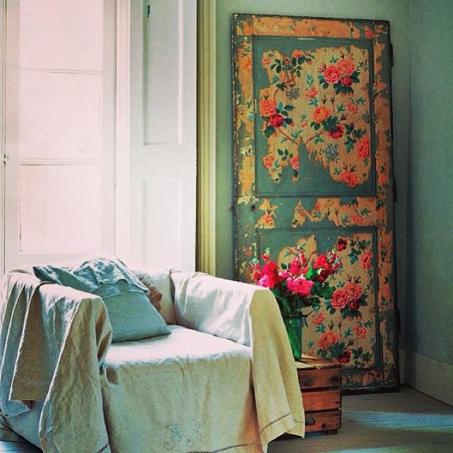 Декорирование двери в стиле шебби-шик