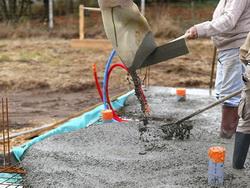 Заливка цементного раствора