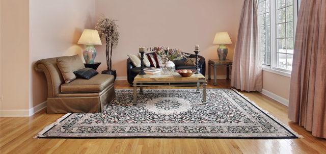 На фото натуральные ковры из шелка и шерсти