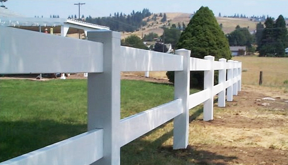 Забор в американском стиле