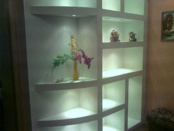 Дизайн гипсокартонной ниши будет зависеть от особенностей планируемого интерьера и характеристик помещения