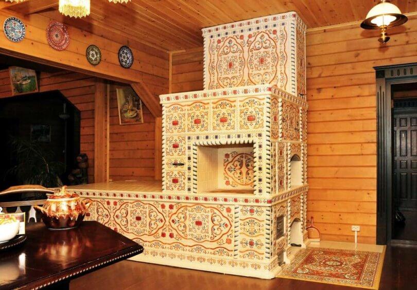 Русская печь является украшением интерьера и талисманом дома