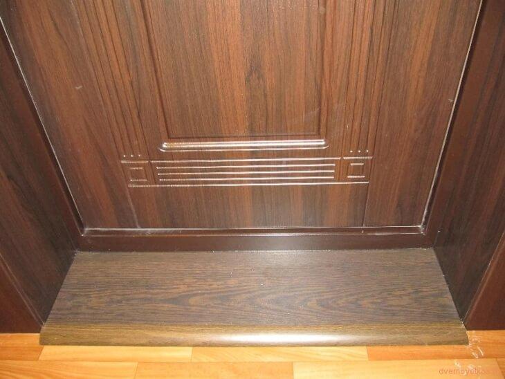 Деревянный порог у входной двери своими руками