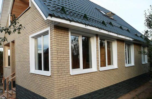 Панели Вандштайн — белый кирпичЛегкие и доступные акриловые фасадные панели