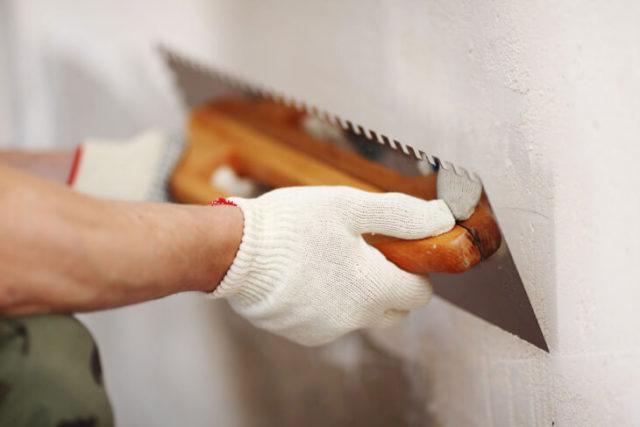 Полимерные смеси можно использовать в любо помещении, и даже при проведении наружных работ