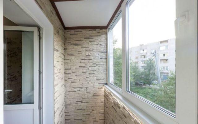Внутренняя отделка балкона под искусственный камень