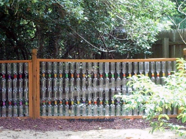 Заборчик из пластиковых бутылок своими руками фото 414