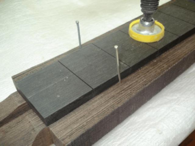 Чем обезжирить поверхность перед склейкой?