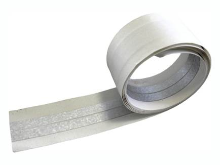 Лента с металлическим вкладышем - это лента шириной 5 см, которая изготовлена из перфорированной бумаги с высокой водопоглощающей способностью