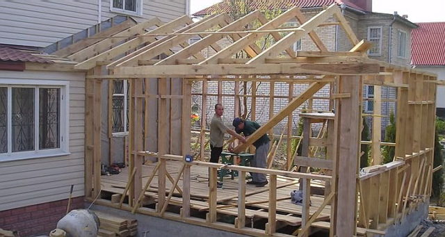 Монтаж основы для крыши