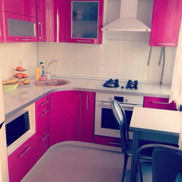 Кухонные гарнитуры в хрущёвках дизайн