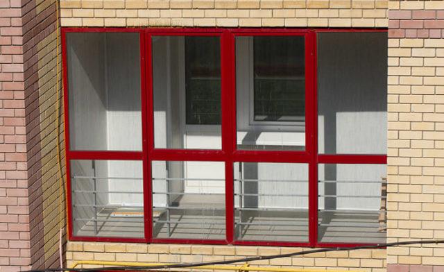 Остекление алюминиевым профилем относится к холодным балконам