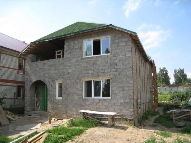 Как построить дом из керамзитобетонных блоков?