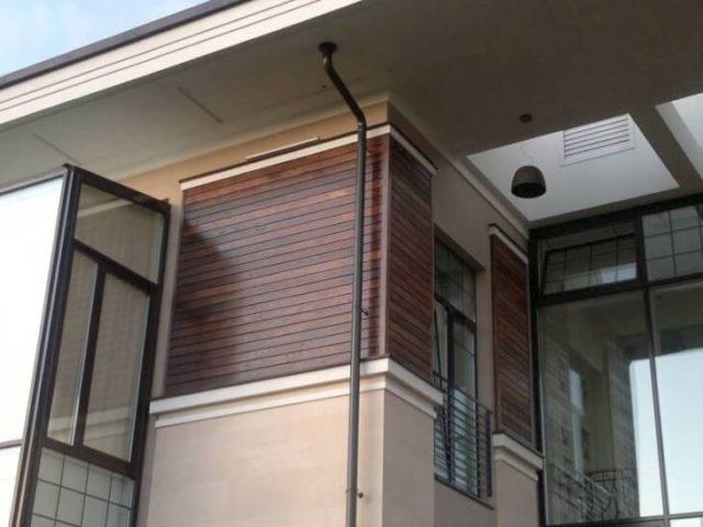 Отделка фасадной доской и планкеном из термодревесины