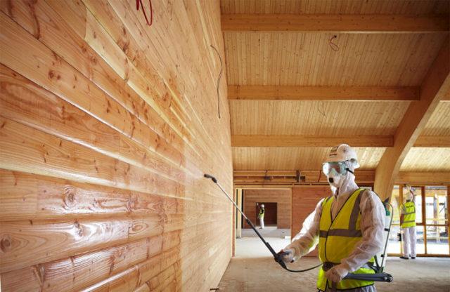 Обработка древесных поверхностей от влаги, гнили и вредителей