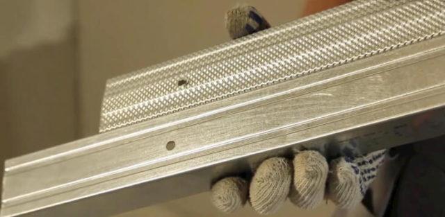 Металлический профиль служит основой для изготовления металлических каркасов