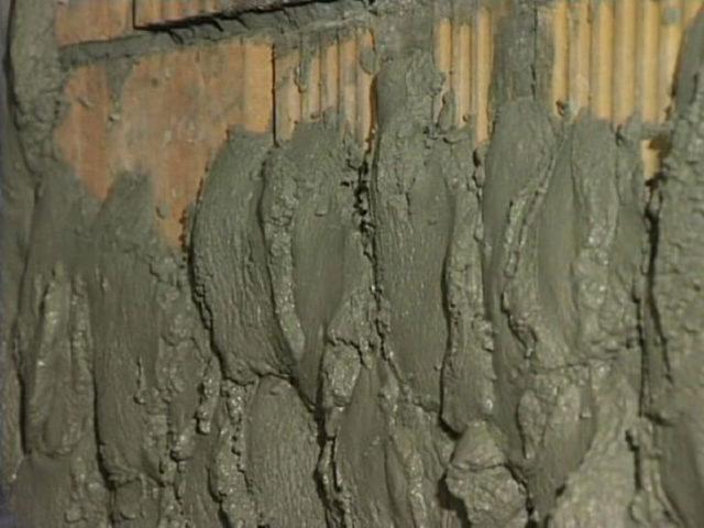 Сколько необходимо цементно-песчаной смеси для стен зависит от характеристики используемого материала