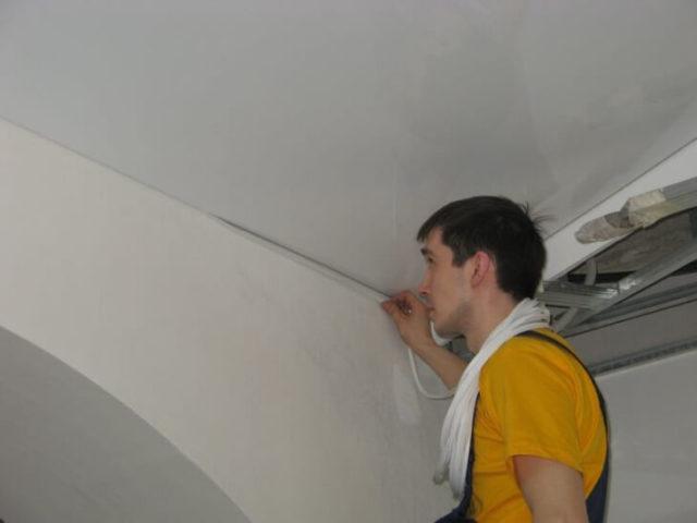 Сопряжение стен и потолка — это важно