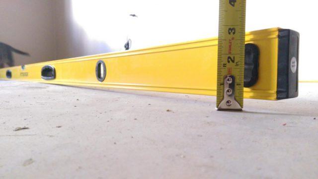 Требования СНиП 3.04.01 - 87 к основанию под укладку ламината: отклонения по высоте не более 2 мм на 2 м2 площади пола