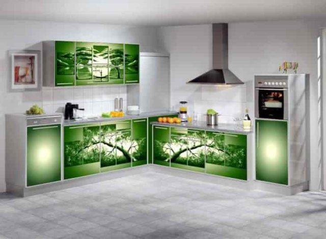 Мебельный дизайн все больше использует сочетание алюминия и стекла