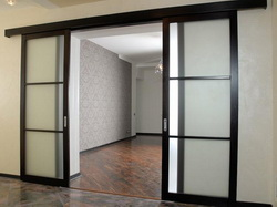 Двери межкомнатные раздвижные: разновидности