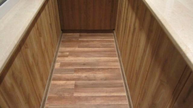 Ламинат — отличное решение для утепленного балкона