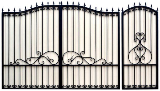Для экономия времени можно купить готовый каркас ворот, и обшить его профнастилом