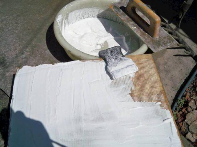 После высыхания, выравниваем поверхность наждачной шкуркой и наносим рисунок, можно с помощью копирки.