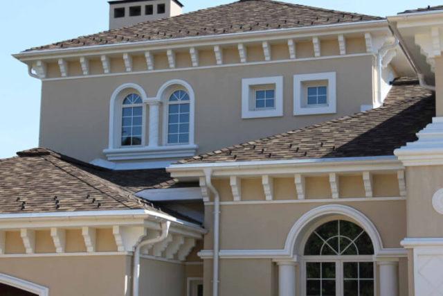 Использование декоративных элементов для фасадов