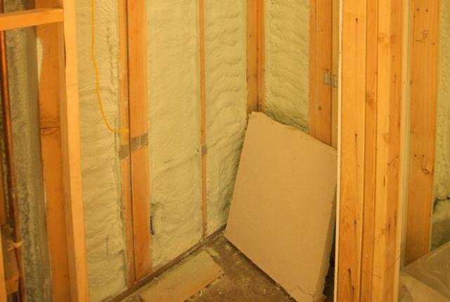 Деревянные перегородки: утепление, обшивка, установка дверей