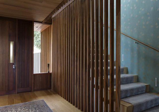Устройство деревянных перегородок возможно в любом помещении