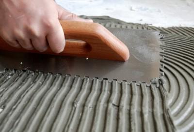 Расход плиточного клея на 1м2 для плитки – как его рассчитать, от чего зависит и нормы расхода от производителей