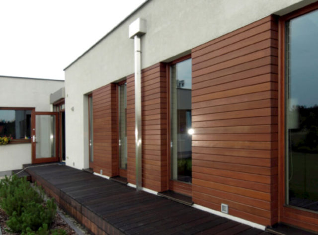 Фасад из древесно-полимерного композита