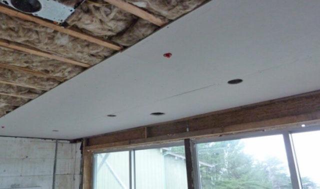 Изнутри обшивать балкон гипсокартоном – идеальный вариант для любых интерьерных решений