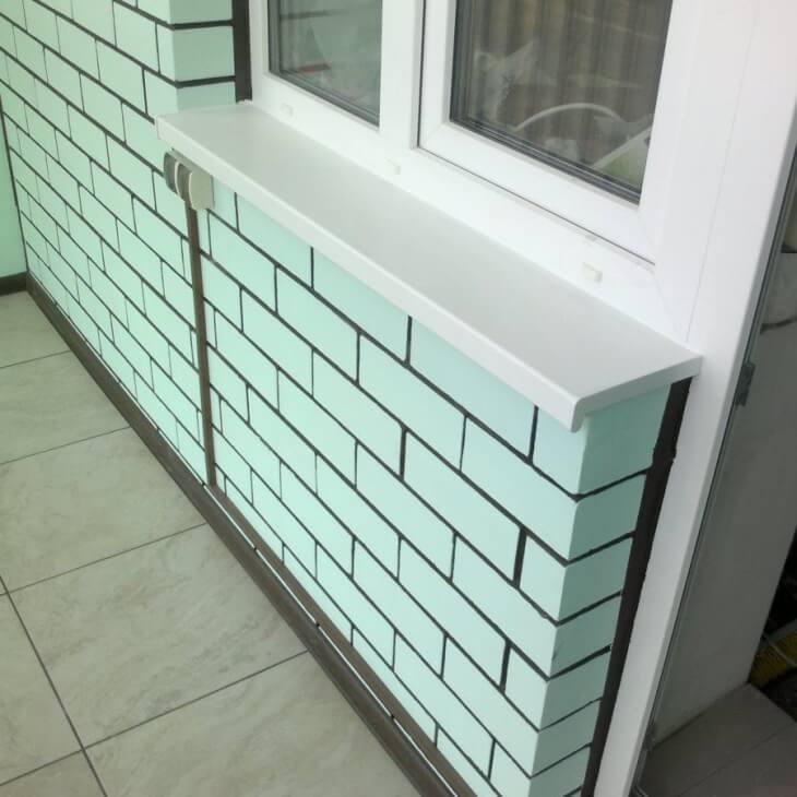 Дизайн кирпичной стены с окрашиванием швов кладки контрастным цветом