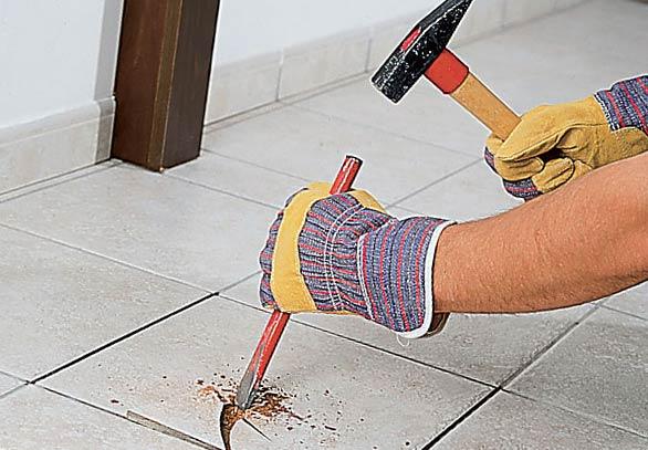 Как снять кафельную плитку с пола
