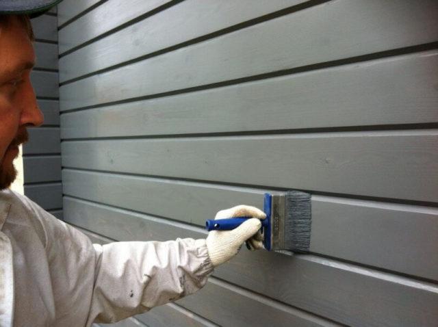 для покраски бани используются безопасные материалы