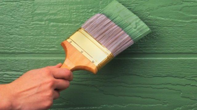 Самостоятельно красим деревянные поверхности краской для наружных работ