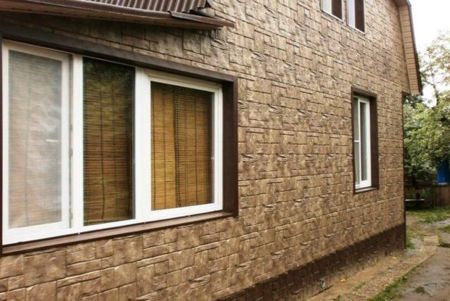 Фасадные панели для частного дома под камень