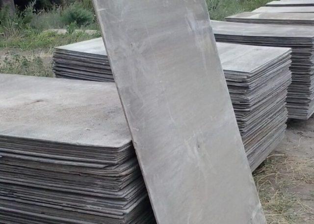 Плоский шифер — универсальный материал, применяемый для различных строительных и хозяйственных нужд