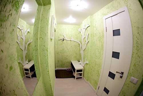 Натяжной потолок в коридоре хрущевки