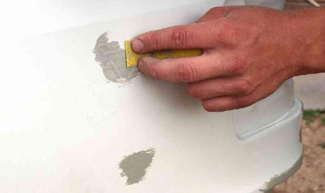 Восстанавливаем пластиковые детали при помощи шпаклевки