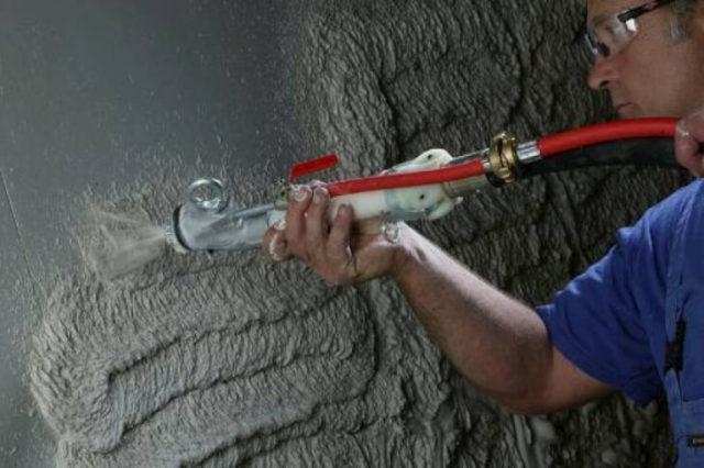Цементно-песчаный раствор является классической штукатуркой